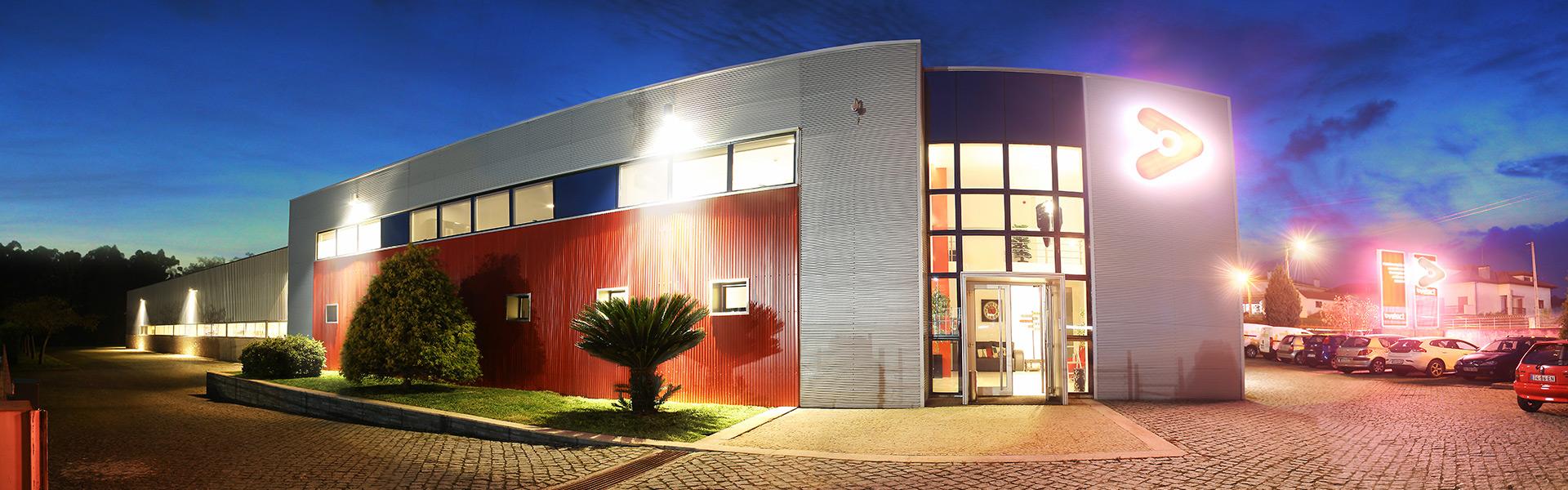 edificio_bystart_noite